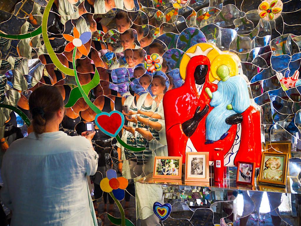 Tarot Garten von Niki de Saint Phalle - Kapelle der Mäßigkeit - Toskana, Italien