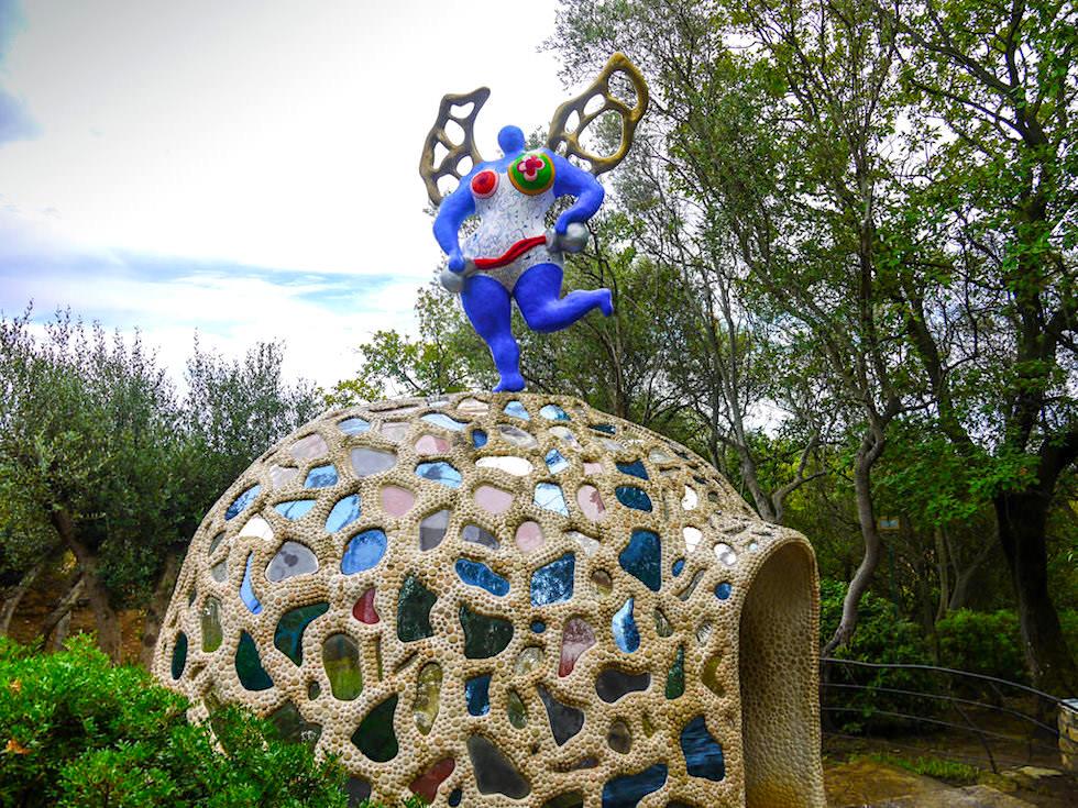 Tarot Garten von Niki de Saint Phalle - Die Mäßigkeit - Toskana, Italien