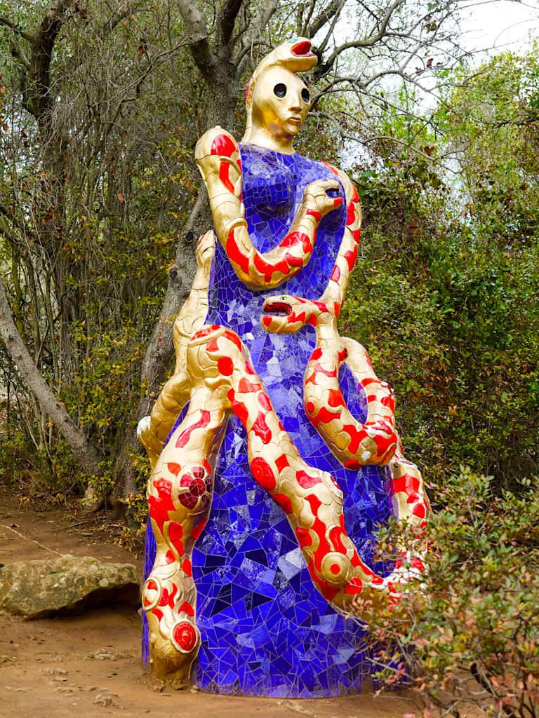 Tarot Garten von Niki de Saint Phalle - Faszinierende Skulpturen & Formen - Toskana, Italien