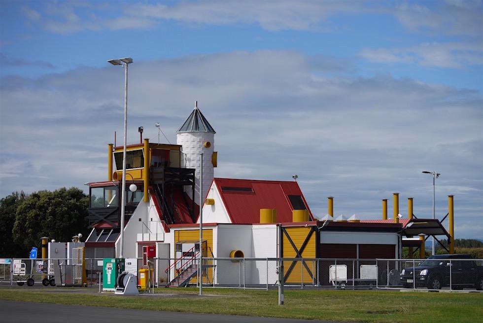 Der lustig bunte Whakatane Airport oder Legoland - Neuseeland Nordinsel