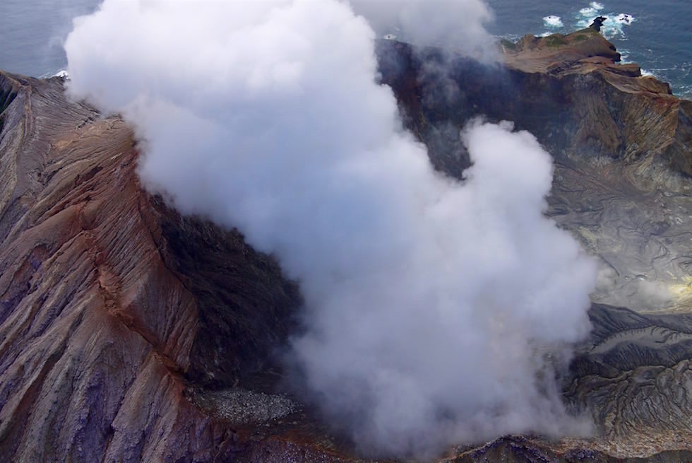 Rundflug über White Island - ein unvergesslich beeindruckendes Neuseeland Erlebnis - Nordinsel