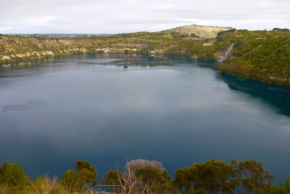 Blue Lake mit Wolken - Mount Gambier - South Australia