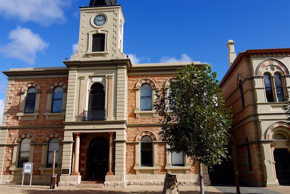 Das schönste Gebäude von Mount Gambier ist die Old Town Hall - South Australia