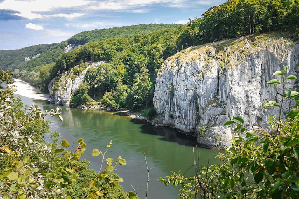 Grandiose Ausblicke vom Aussichtspunkt Lange Wand - Rundwanderung Donaudurchbruch & Kloster Weltenburg - Altmühltal, Bayern