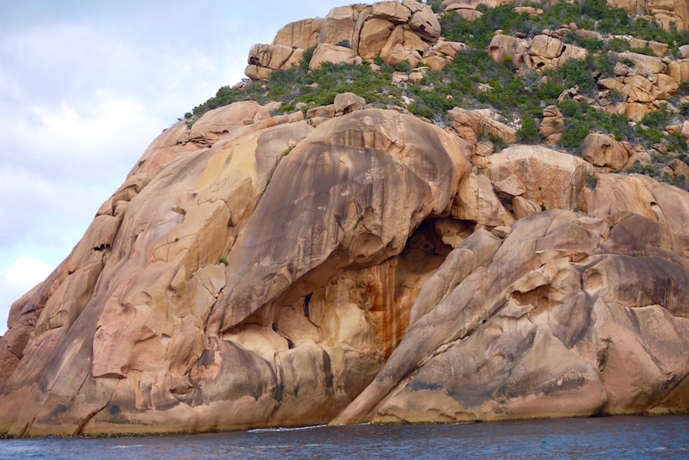 Star Trek Felsen auf der Freycinet Halbinsel - Wineglass Bay Cruise - Tasmania
