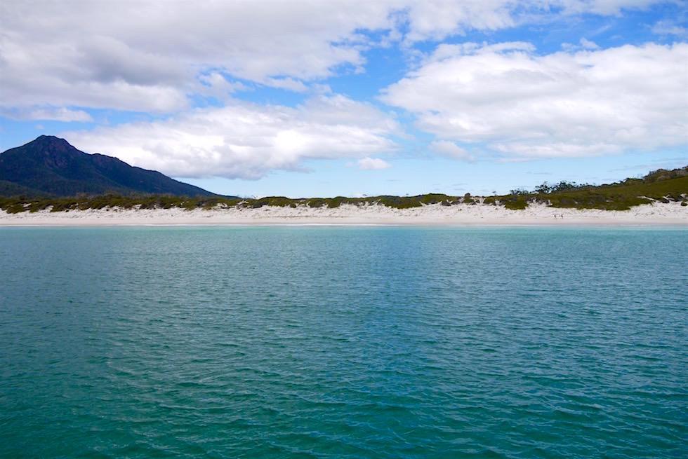 Farbwechsel des Meeres - Wineglass Bay Beach - Tasmanien