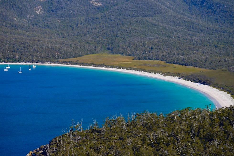 Wineglass Bay vom Lookout gesehen - Tasmanien