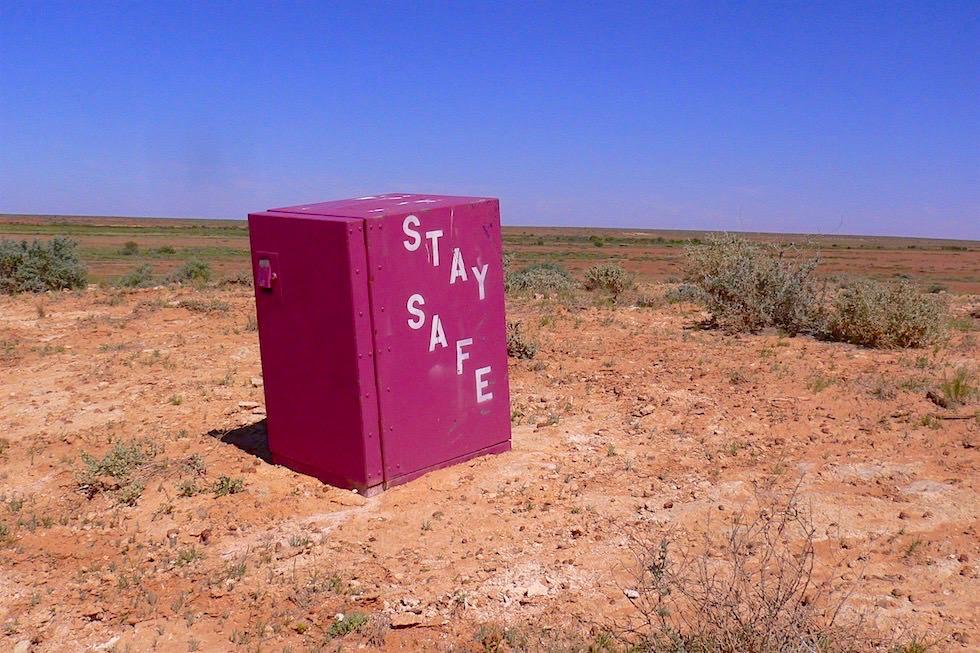 Stay Save - Immer Sicher Reisen - Passenger On Earth