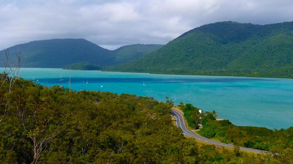 Straße zum Hafen - Airlie Beach - Queensland