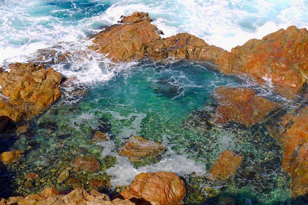 Kristallklares Wasser im Swimming Hole - Whalers Way bei Port Lincoln - South Australia