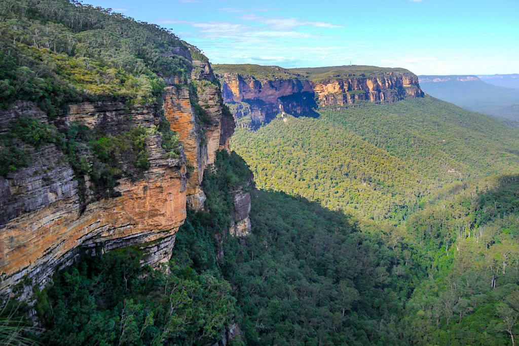 Queen Victoria Lookout mit Ausblick auf Steilklippen der Blue Mountains und dem Jemison Valley - New South Wales