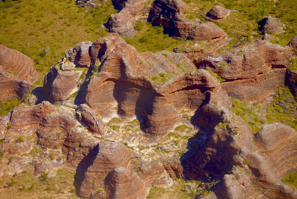 Atemberaubende Farben der Bungle Bungle Range - Kingfisher Tours Scenic Flight - Kimberley - Western Australia