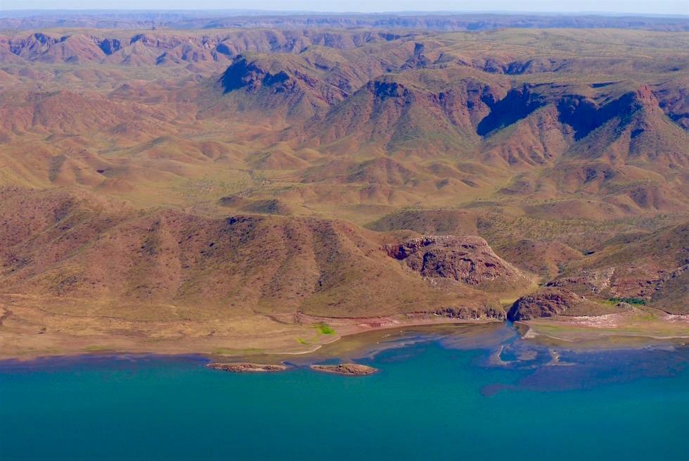 Ufer von oben mit Kingfisher Tours Kununurra - Lake Argyle - Kimberley, Western Australia