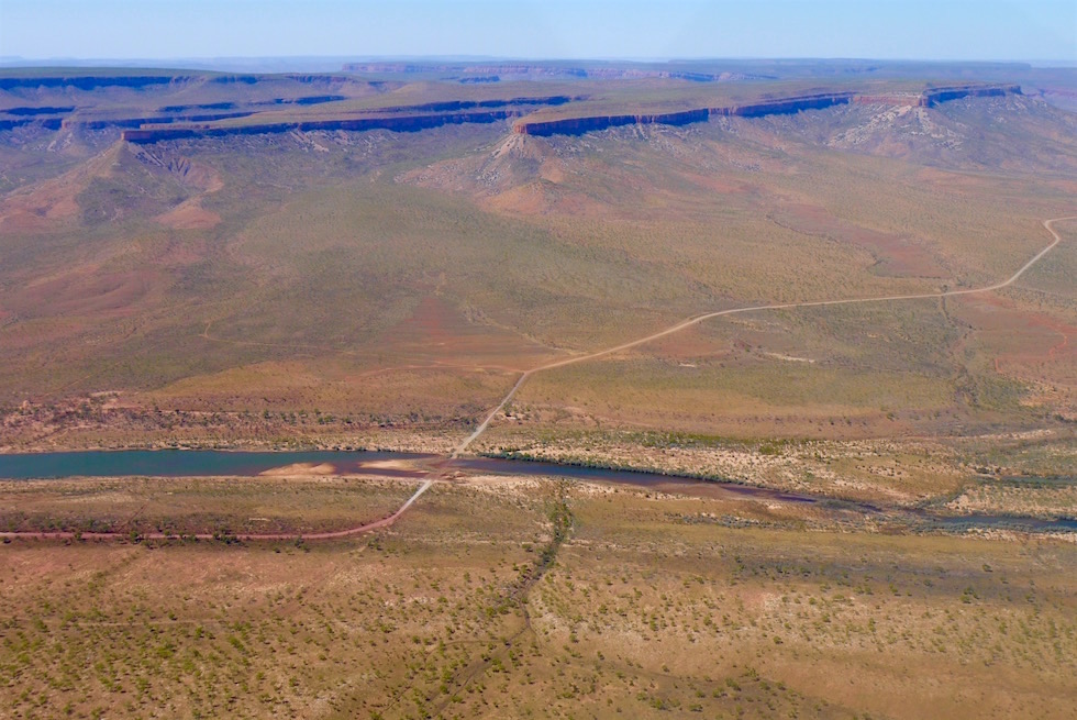 Pentecost River Crossing von einem Scenic Flight gesehen - Cockburn Ranges - Kingfisher Tours - Kimberley - Western Australia