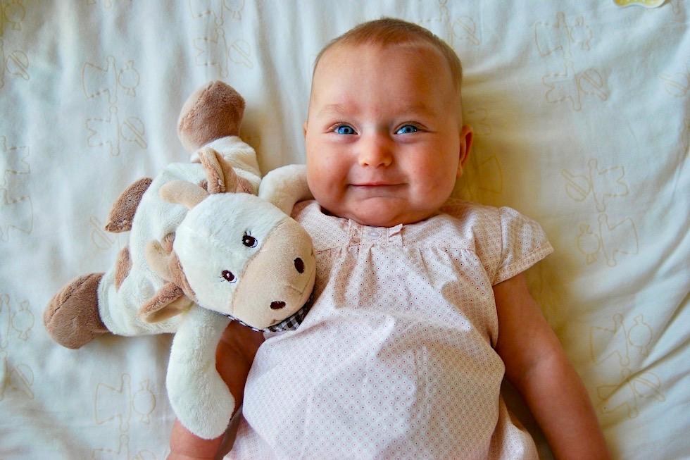 Kinder lachen - Baby lacht