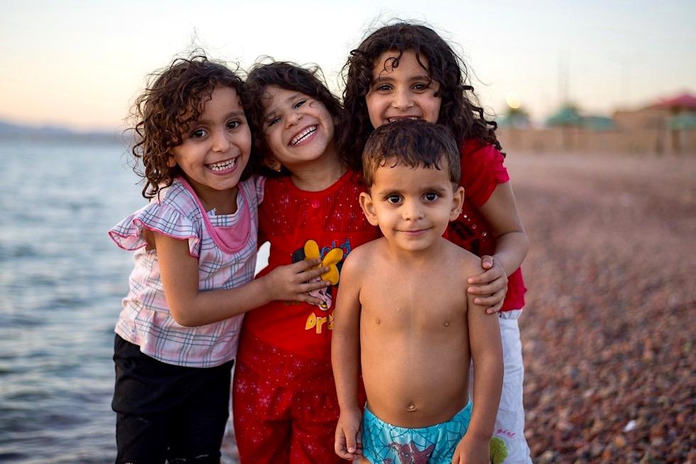 Kinder lachen - Jordanien