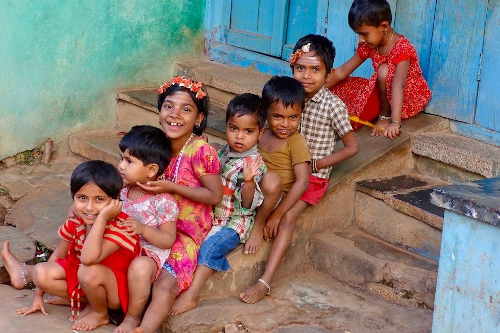 Kinder lachen - Indien