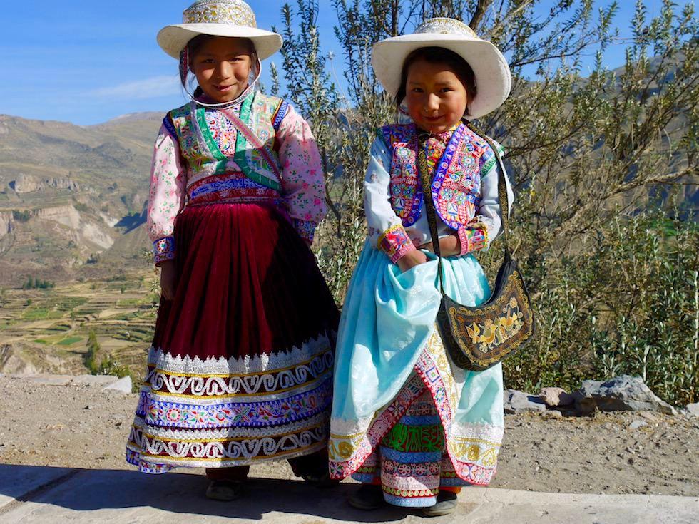 Kinder lachen - Peru - Colca Canyon