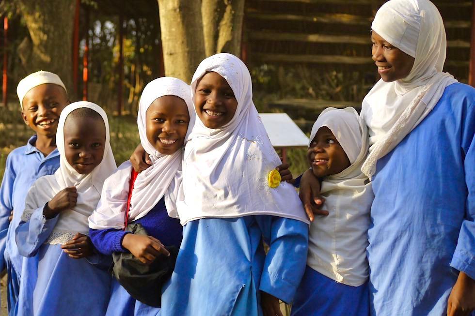 Kinder lachen - Gruppe - Tansania