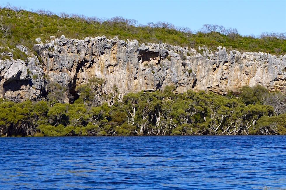 Kanutour - Felswände & Höhlen entlang dem Margaret River - Western Australia