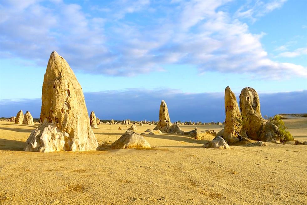 Formen & Farben im der Pinnacles Wüste - Nambung National Park - Western Australia