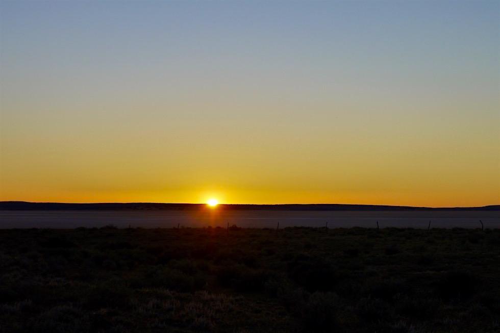 Sonnenuntergang am Lake Everard im Lake Gairdner National Park - South Australia