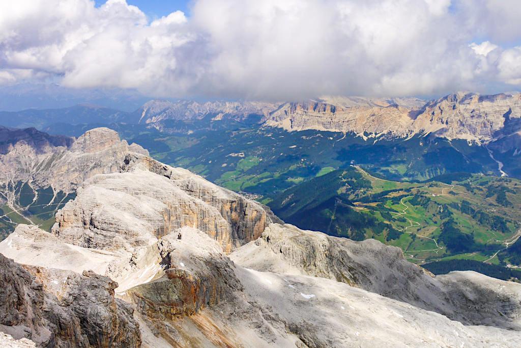 Piz Boe - Grandioses 360° Gipfelpanorama über die Berge der Sellagruppe und der Dolomiten - Südtirol