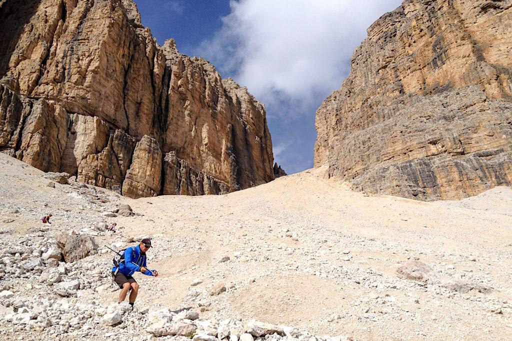 Pordoischarte - Abstiegsvariante vom Piz Boe Gipfel zum Pordoijoch - Sella, Dolomiten - Südtirol