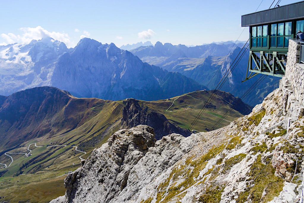 Pordoispitze - Grandiose Ausblicke von der Panorama-Terrasse des Sass Pordoi - Leichte Piz Boe Wanderung - Sellagruppe, Dolomiten