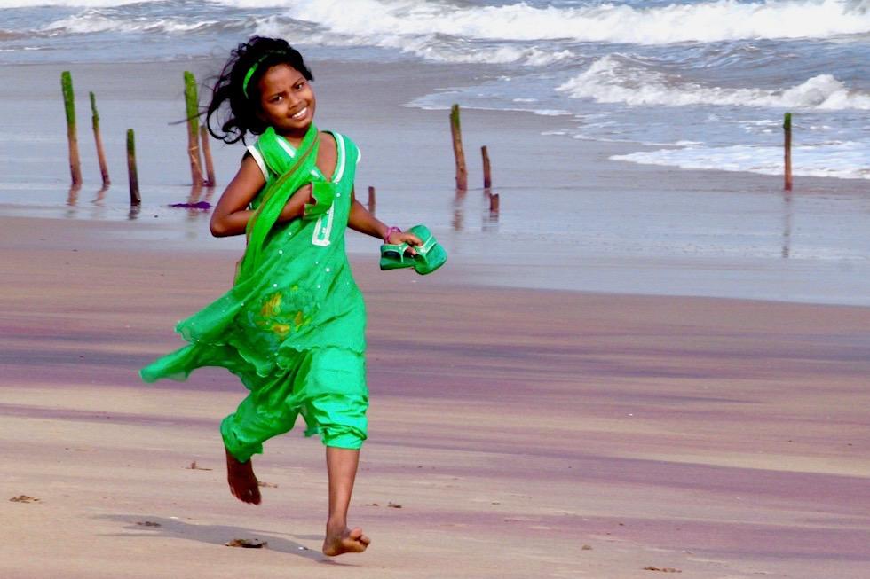 Kinder lachen - am Strand