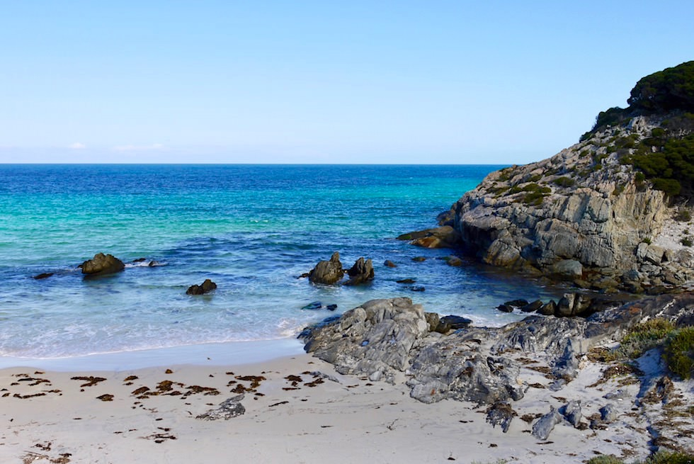 Felsen, Strand, türkises Meer - Barren Beach - Fitzgerald River National Park - Western Australia