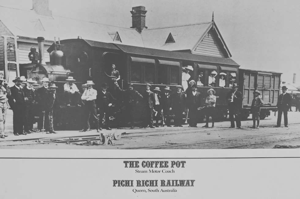 Coffee Pot schwarz-weiss - Pichi Richi - South Australia