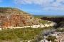 Mandu Mandu Gorge – Zwischen weißem Flussbett & roten Steilklippen wandern