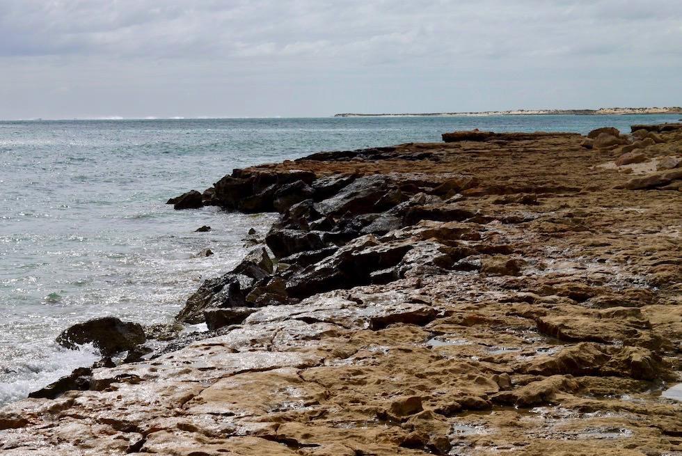 Oyster Stack bei Wolken - Cape Range National Park - Western Australia