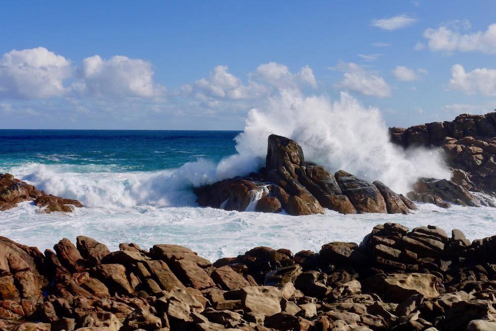 Tosende Wellen bei den Canal Rocks - Yallingup & Margaret River Region - Western Australia