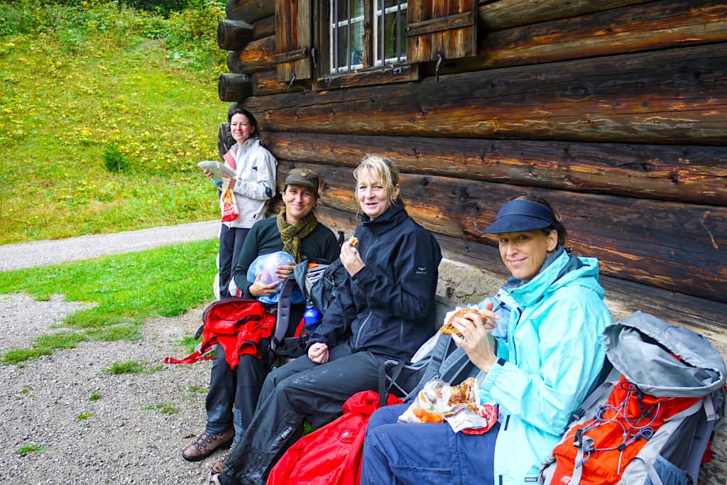Blauberge Wanderung Schildenstein, Gufferthütte, Halserspitze- Kleine Pause zum Stärken - Wildbad Kreuth, Bayern