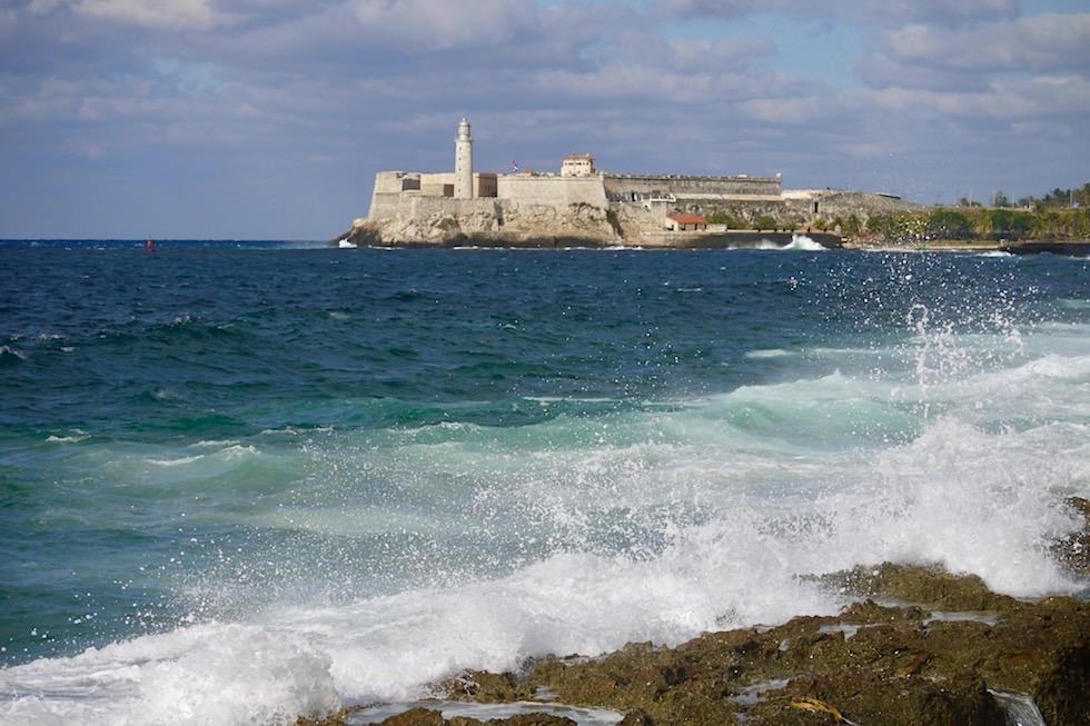 Blick auf Castillo de los Tres Reyes del Moro - Frühere Festung, heutiges Museum in Havanna - Kuba