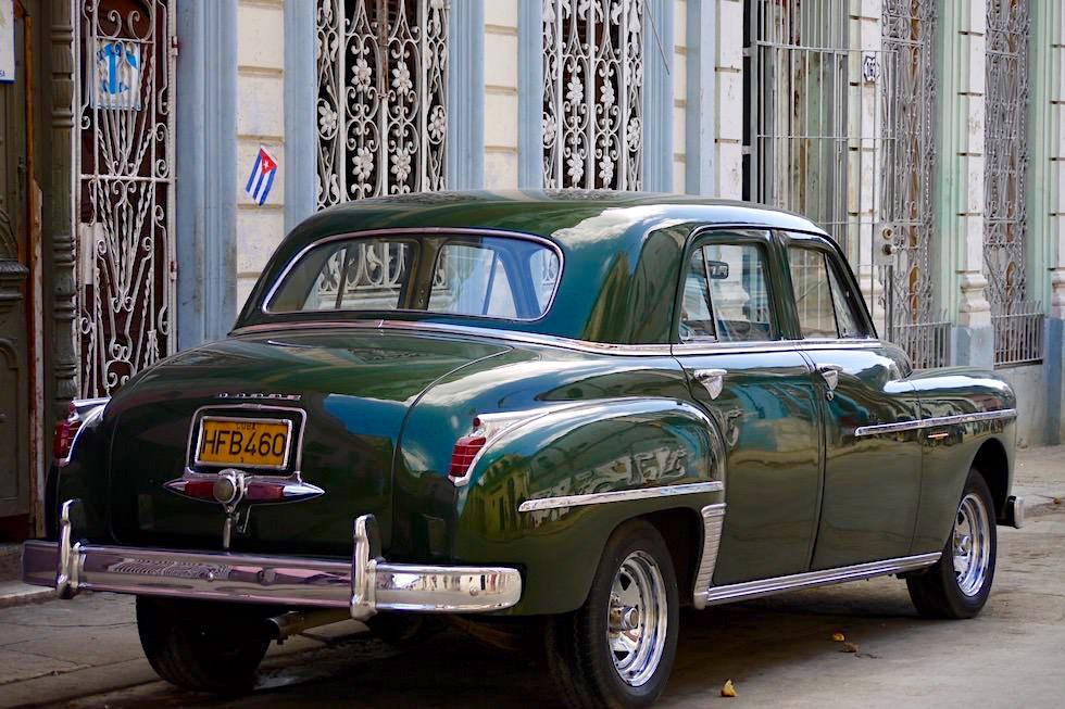Noch gibt es sie: Edle Oldtimer in den Straßen von Havanna - Kuba