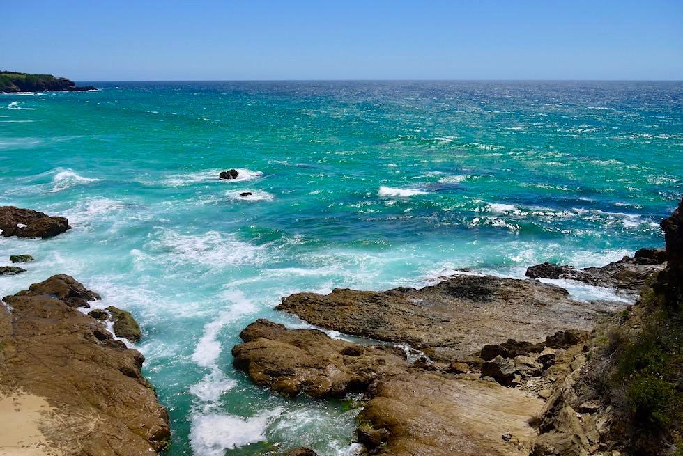 Felszunge, die überklettert werden muss, um zu den Glasshouse Rocks zu gelangen - Narooma - New South Wales