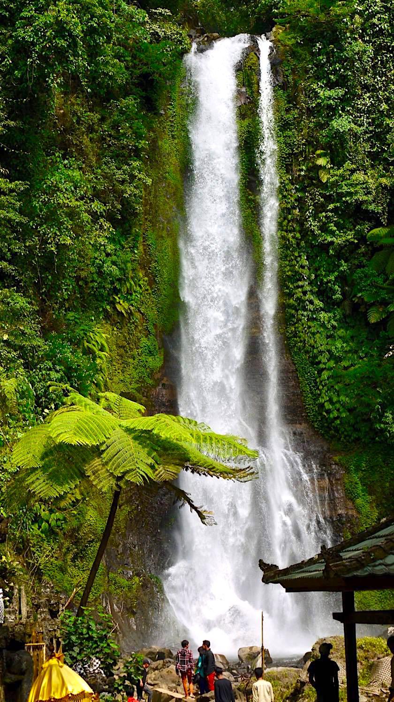 Gitgit Wasserfall: Imposanter & einer der schönsten Wasserfälle im Norden von Bali