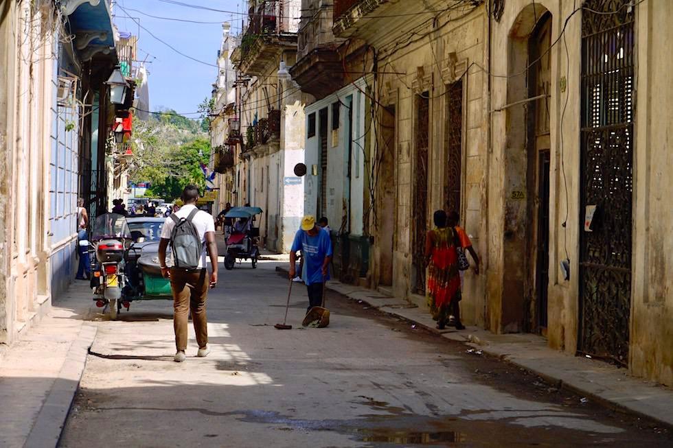 Nebenstrasse - Verfall & Armut in Havanna - Kuba