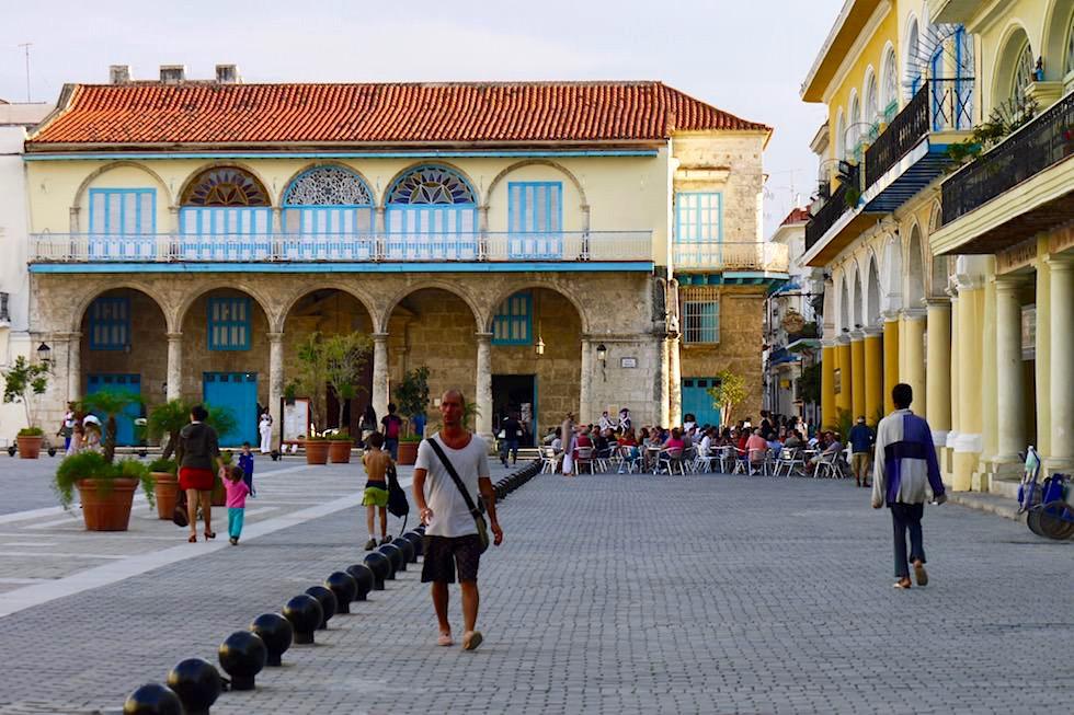 Der wohl schönste Platz in der Altstadt: Plaza Veija - Havanna - Kuba