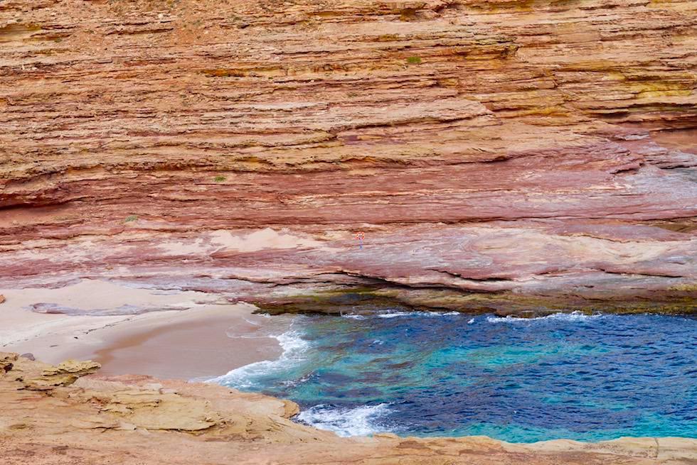 Gefährliche Strömungen - Rettungsring gesehen vom Pot Alley Lookout - Kalbarri Küste & National Park - Western Australia