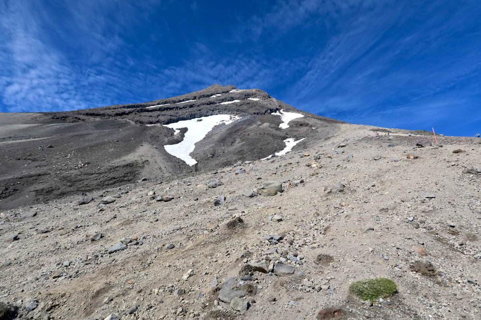 Mt Taranaki Wanderung - Aufstieg über Sand & Geröll - Egmont National Park - Nordinsel Neuseeland