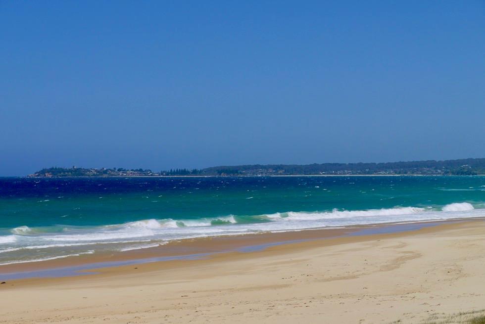 Sapphire Coast - Wunderschöner Sandstrand der Horseshoe Bay - Bermagui - New South Wales
