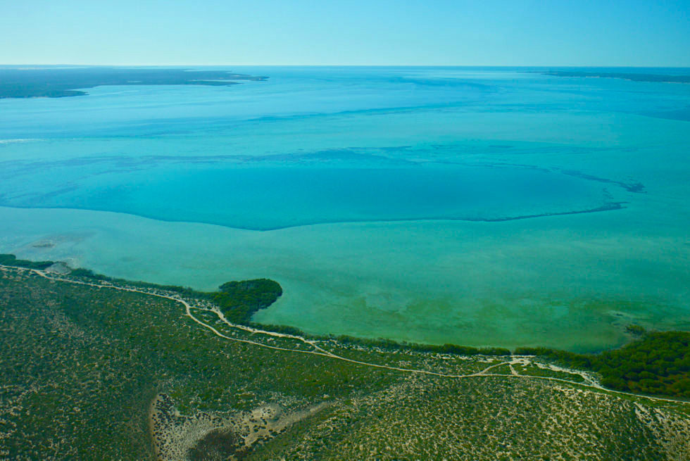 Shark Bay Scenic Flight - Dirk Hartog Island - Sunday Island Bay - Western Australia