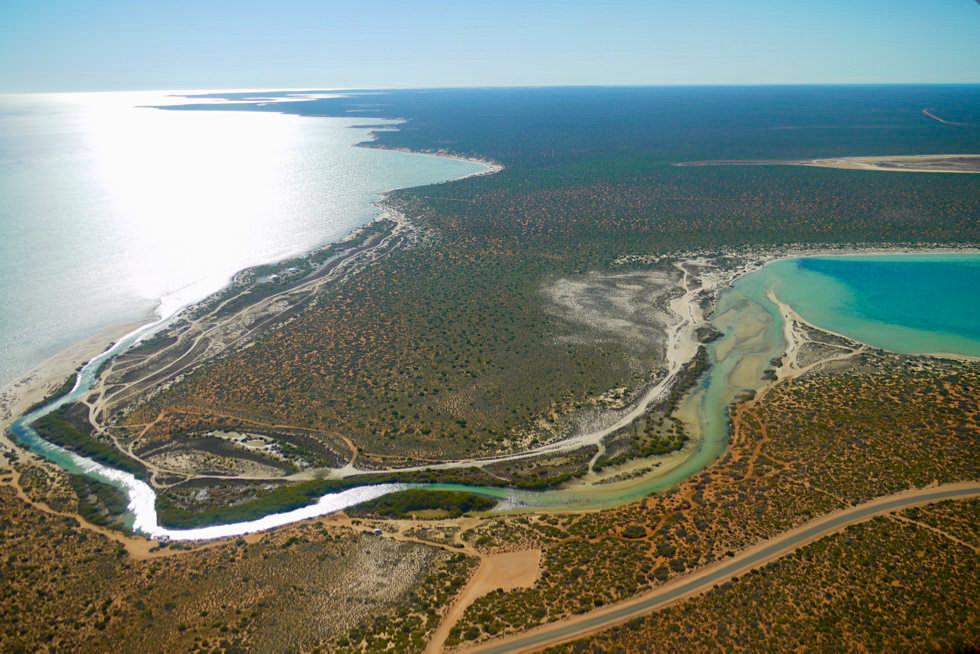 Shark Bay Scenic Flight - Mündungsgebiet Little Lagoon von oben - Denham - Western Australia