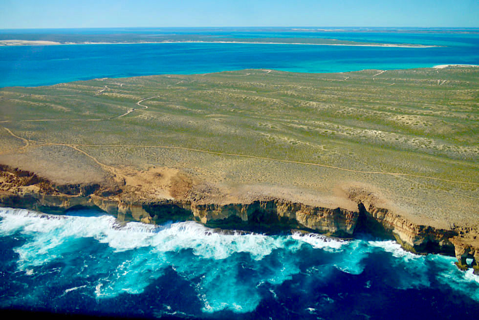 Shark Bay Scenic Flight - Zuytdrop Cliffs: ein atemberaubendes Naturschauspiel - Shark Bay Highlights - Western Australien