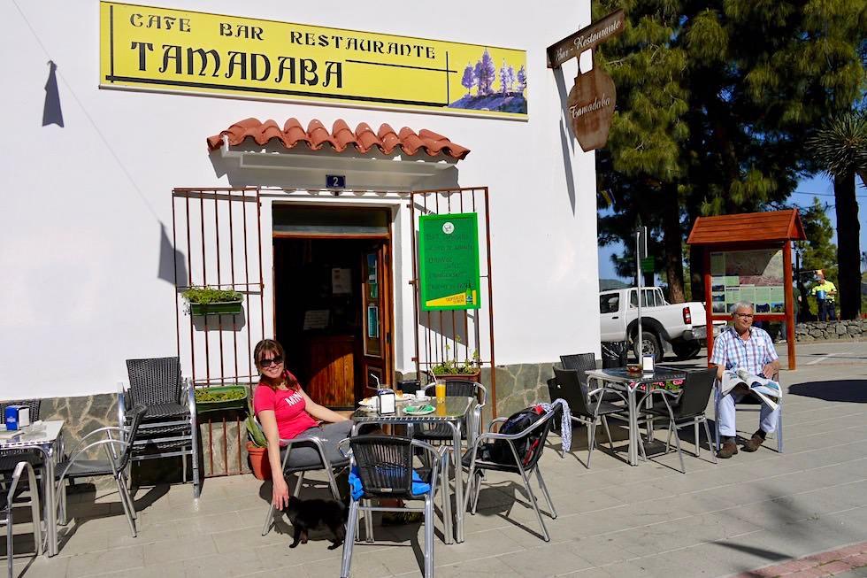 Artenara - Lecker frühstücken im Cafe Tamadaba - Gran Canaria