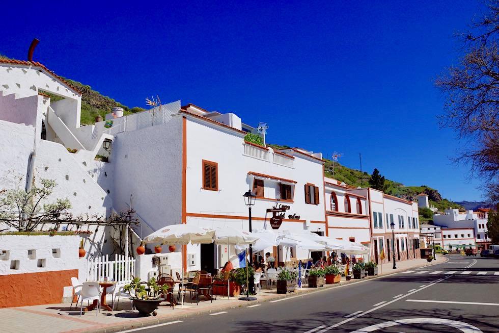 Artenara - Typisches Höhlen-Restaurant: Cueva del Molino - Gran Canaria